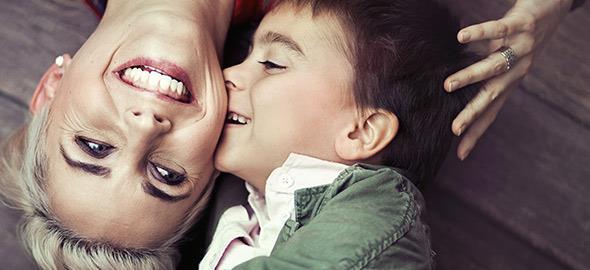 «Κάθε παιδί αξίζει που και πού να νιώθει σαν μοναχοπαίδι»