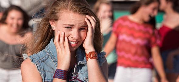 Πώς να μην κάνετε το έφηβο παιδί σας ρεζίλι στους φίλους του