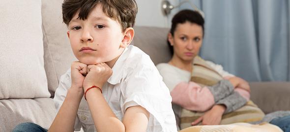Πώς να κάνετε ένα παιδί που έχει πέσει θύμα bullying να σας εμπιστευθεί