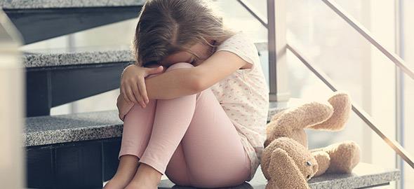 Τι μπορεί να συμβαίνει στο παιδί όταν νιώθετε πως σας κρύβει κάτι