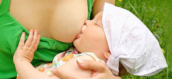 Τα πλεονεκτήματα του θηλασμού για τη μαμά και το παιδί