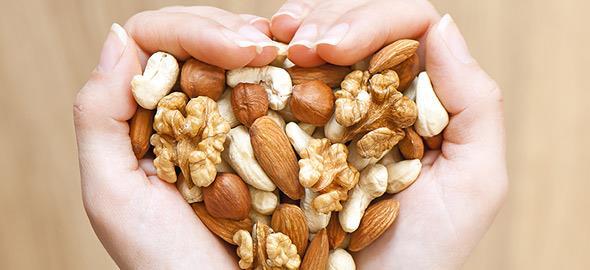 Ποιοι ξηροί καρποί δεν παχαίνουν και είναι κατάλληλοι για δίαιτα;