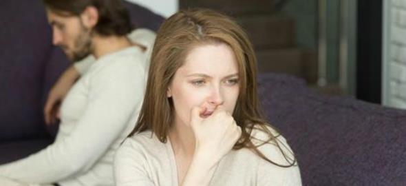 Η αγάπη δεν πρέπει να τα συγχωρεί όλα: 5 συμπεριφορές που φωνάζουν «χώρισέ τον!»