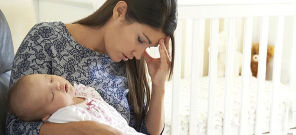 10 σημάδια που δείχνουν πως έχετε επιλόχειο κατάθλιψη