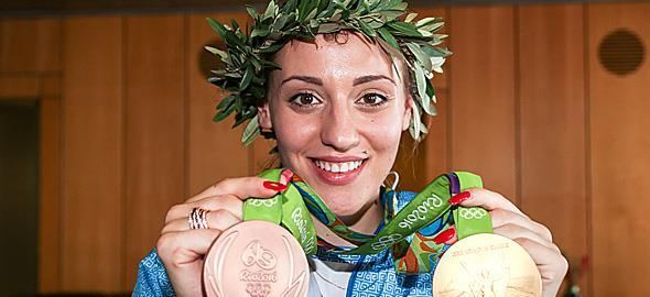 Άννα Κορακάκη: η πρώτη γυναίκα, πρώτη Λαμπαδηδρόμος στην ιστορία των Ολυμπιακών Αγώνων
