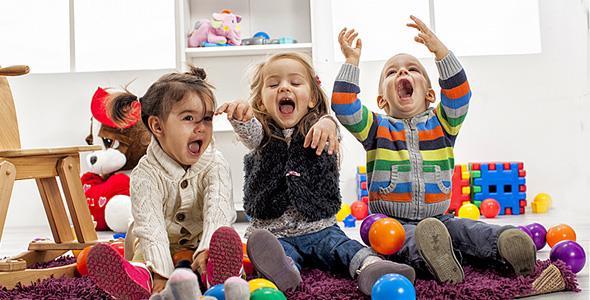 Κορονοϊός: Κάνει να πηγαίνουν τα παιδιά σε σπίτια φίλων τους;