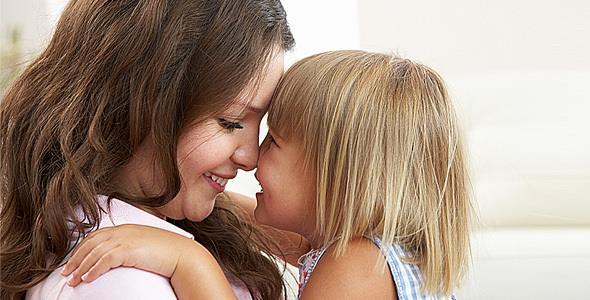 «Σημασία έχει ότι είμαστε υγιείς και ενωμένοι σαν μια γροθιά»: το μήνυμα μιας μαμάς σ' όλους μας