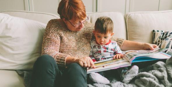 «Η μητέρα μου έχει άνοια και ο 2χρονος γιος μου είναι ο καλύτερός της φίλος!»