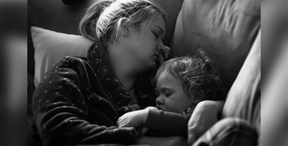 «Όταν μια μαμά ζητά διάλειμμα δεν σημαίνει πως δεν αγαπά τα παιδιά ή τον άντρα της»
