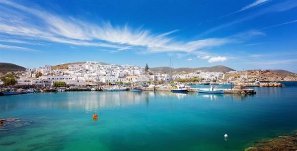 Η Πάρος είναι το καλύτερο νησί της Ευρώπης σύμφωνα με αμερικανικό περιοδικό