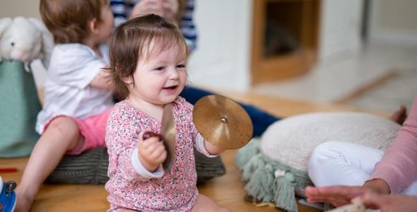 Πώς να κάνουμε το παιδί μας πιο έξυπνo… παίζοντας!