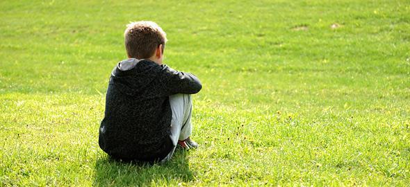 Αυτισμός: Τα αίτια, τα σημάδια και η ζωή μετά την διάγνωση