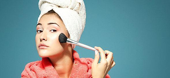 Συμβουλές για γρήγορο και άψογο μακιγιάζ