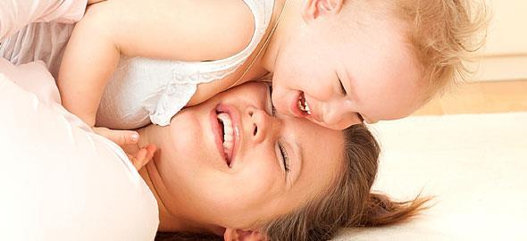 Παίζοντας με τα παιδιά στο σπίτι: Ιδέες και συμβουλές για διασκεδαστικό παιχνίδι